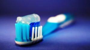 dentifricio fai da te naturale