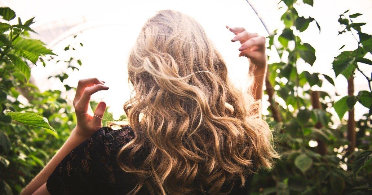 pelle-capelli-semi-di-chia